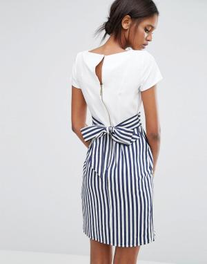 Closet London Полосатое платье с завязкой сзади и пуговицами. Цвет: мульти