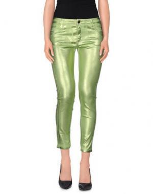 Джинсовые брюки-капри 75 FAUBOURG. Цвет: кислотно-зеленый