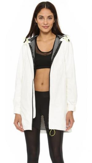 Спортивная куртка с капюшоном Alba от RM Rebecca Minkoff. Цвет: белый