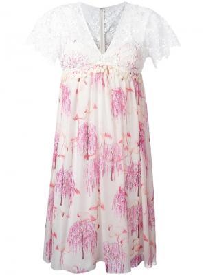 Платье с принтом фламинго Giamba. Цвет: белый
