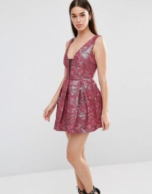 Lashes of London Жаккардовое платье для выпускного Tilly. Цвет: красный