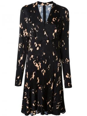 Платье с V-образным вырезом Issa. Цвет: чёрный