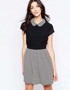 Wal G Короткое приталенное платье с воротником. Цвет: черный