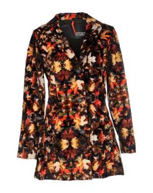 Пальто RRD. Цвет: коричневый
