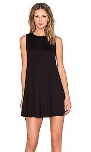 Платье-футляр BLQ BASIQ. Цвет: черный