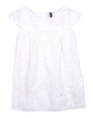 Платье MANILA GRACE. Цвет: белый