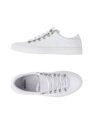 Низкие кеды и кроссовки DIEMME. Цвет: белый
