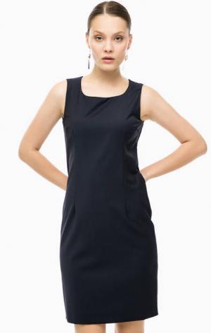 Платье-футляр из костюмной ткани Cinque. Цвет: синий