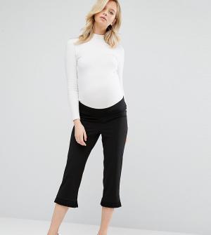 ASOS Maternity Брюки-галифе для беременных с рюшами. Цвет: черный
