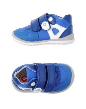 Низкие кеды и кроссовки GARVALIN. Цвет: синий