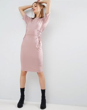ASOS Платье-футболка миди с корсетной отделкой. Цвет: розовый