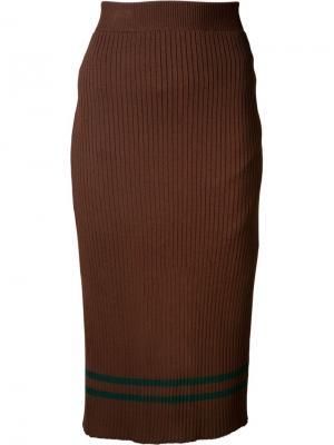 Трикотажная юбка-карандаш Muveil. Цвет: коричневый