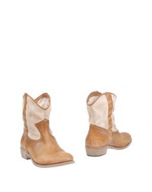 Полусапоги и высокие ботинки OVYE' by CRISTINA LUCCHI. Цвет: желто-коричневый