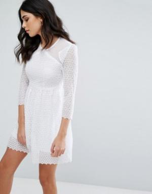 Little White Lies Короткое приталенное платье Maryse. Цвет: белый