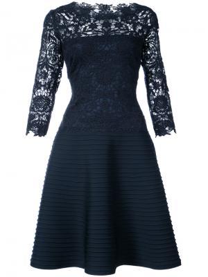 Расклешенное кружевное платье Tadashi Shoji. Цвет: синий