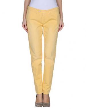 Повседневные брюки OAKS. Цвет: желтый