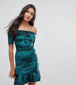 Oh My Love Бархатное платье с открытыми плечами Tall. Цвет: зеленый
