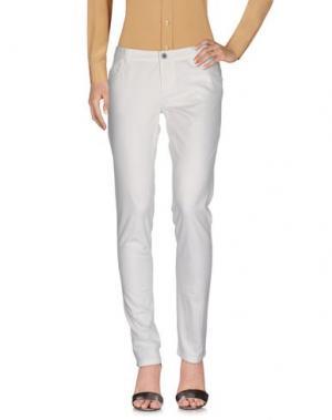 Повседневные брюки GOLD CASE. Цвет: белый