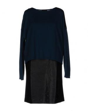 Короткое платье BARONI. Цвет: цвет морской волны