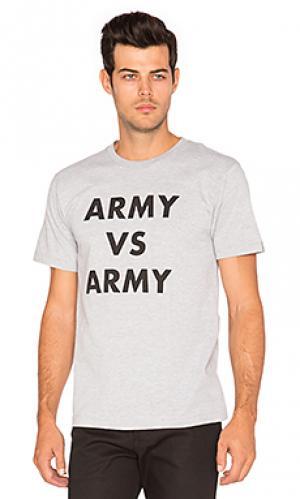 Футболка army vs Undefeated. Цвет: серый