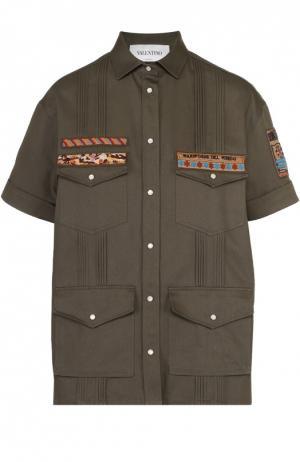Хлопковый жакет с контрастной вышивкой и накладными карманами Valentino. Цвет: оливковый