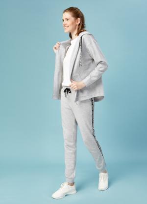 Трикотажные брюки OSTIN. Цвет: жемчужно-серый