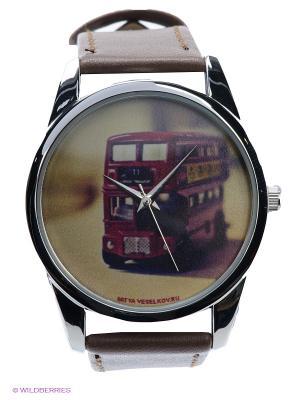 Часы Лондонский автобус Mitya Veselkov. Цвет: коричневый, серебристый, кремовый