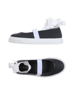 Низкие кеды и кроссовки GIENCHI. Цвет: черный