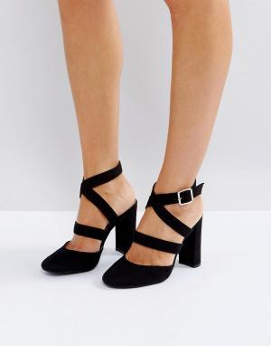 London Rebel Туфли на высоком каблуке. Цвет: черный