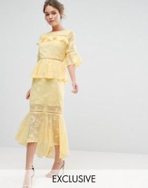 Dark Pink Многоярусное платье миди с выжженным узором и кружевными вставками Dar. Цвет: желтый