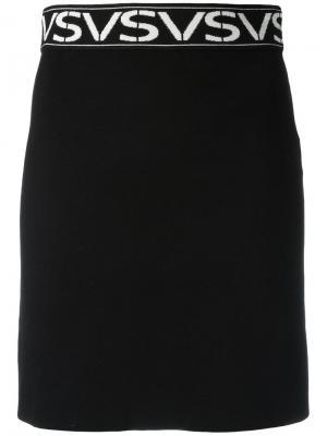 Юбка с принтом-логотипом Versus. Цвет: чёрный