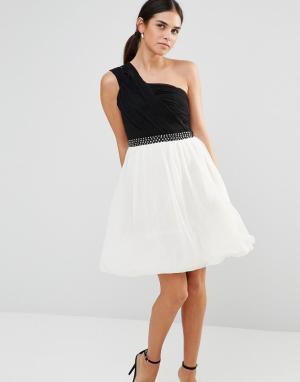 Laced In Love Платье на одно плечо. Цвет: черный