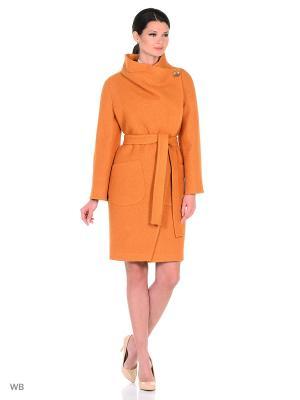 Пальто Amulet. Цвет: светло-оранжевый