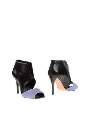 Ботинки AERIN. Цвет: черный