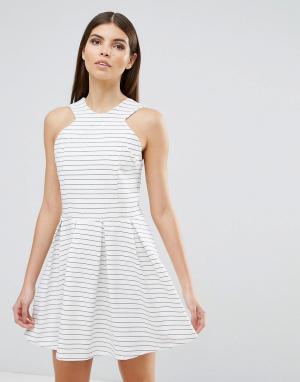 D.RA Короткое приталенное платье в полоску Rosalie. Цвет: белый