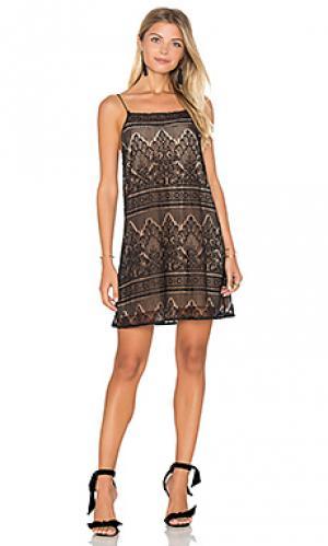 Платье the rebecca CAMI NYC. Цвет: черный