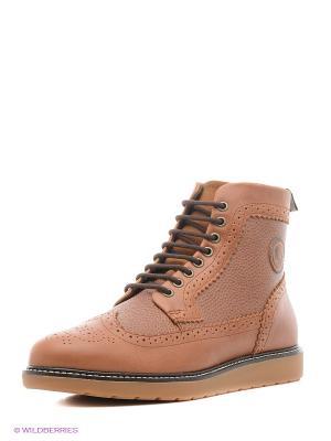 Ботинки Fred Perry. Цвет: бежевый