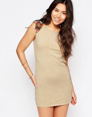 Meghan Fabulous Платье с отделкой бисером Fiesta. Цвет: белый