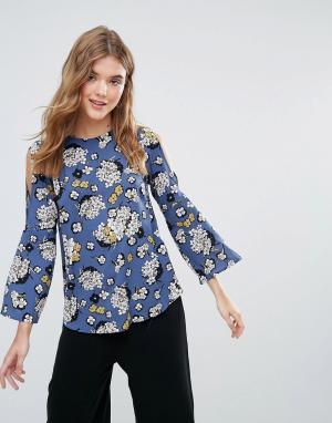 Closet London Блузка с цветочным принтом, разрезами на плечах и рукавами клеш. Цвет: зеленый
