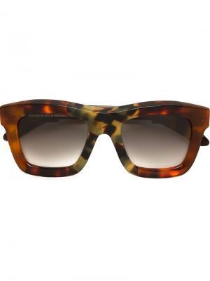 Солнцезащитные очки C7 Kuboraum. Цвет: коричневый