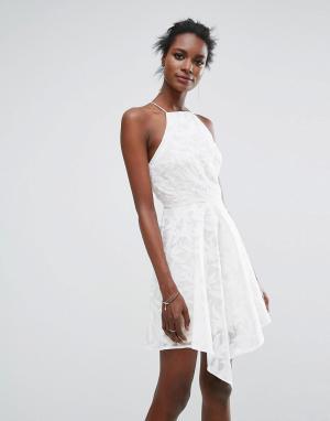 Keepsake Однотонное платье мини. Цвет: кремовый