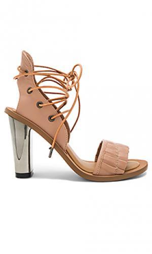 Туфли на каблуке pleat JAGGAR. Цвет: беж