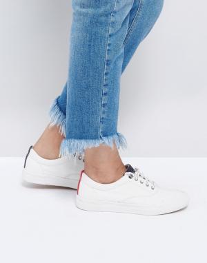 Tommy Jeans Классические парусиновые кроссовки. Цвет: белый