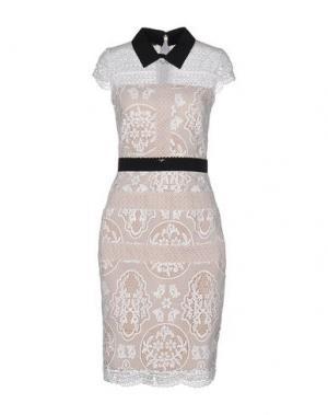 Платье до колена EUREKA. Цвет: белый