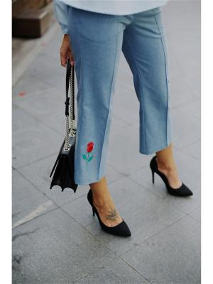 Капри Fashion.Love.Story.. Цвет: голубой