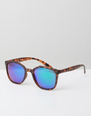 Jeepers Peepers Солнцезащитные очки в черепаховой квадратной оправе. Цвет: коричневый