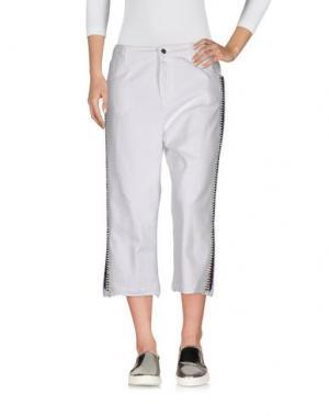 Джинсовые брюки-капри LANEUS. Цвет: белый
