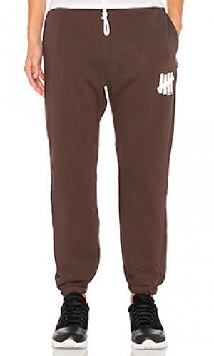Свободные брюки 5 strike Undefeated. Цвет: коричневый