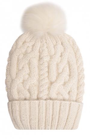 Шерстяная шапка с фактурным узором и меховым помпоном Eugenia Kim. Цвет: кремовый