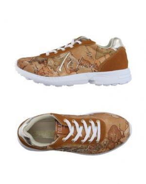 Низкие кеды и кроссовки ALVIERO MARTINI 1a CLASSE. Цвет: песочный